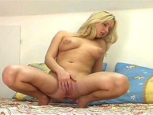 Ehrlich nackt maria Maria Rich